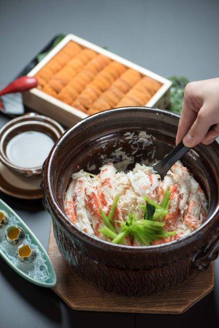 蟹と雲丹の釜焚きご飯