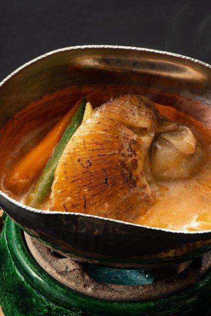 煮物 岩牡蠣、ふかひれ