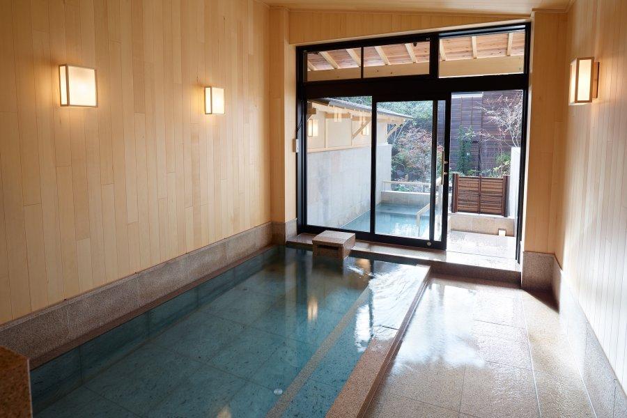 内湯・庭園露天風呂