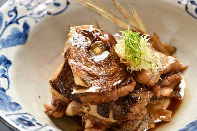 真鯛の兜煮  5,000 円
