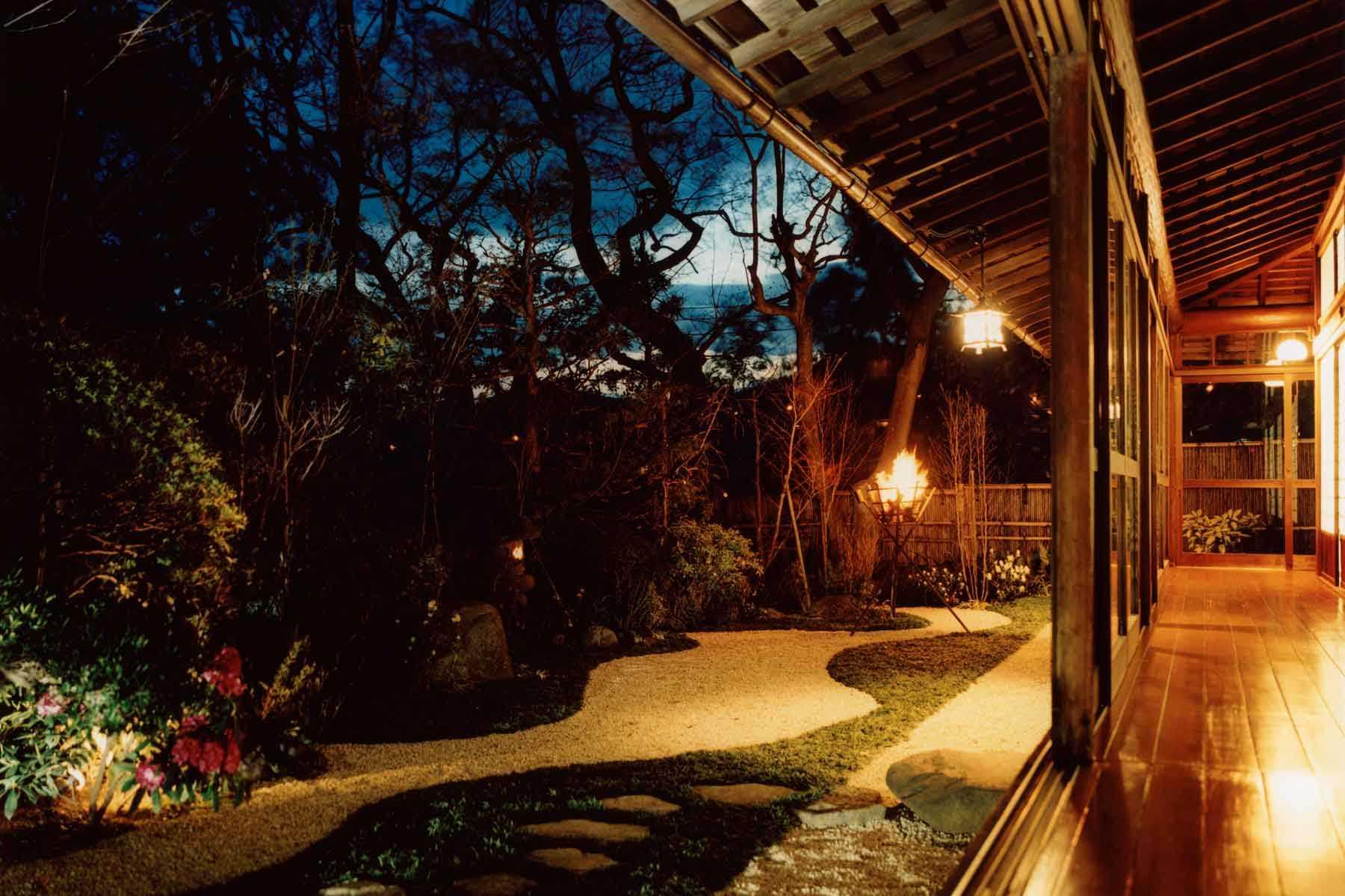 松風の庭園