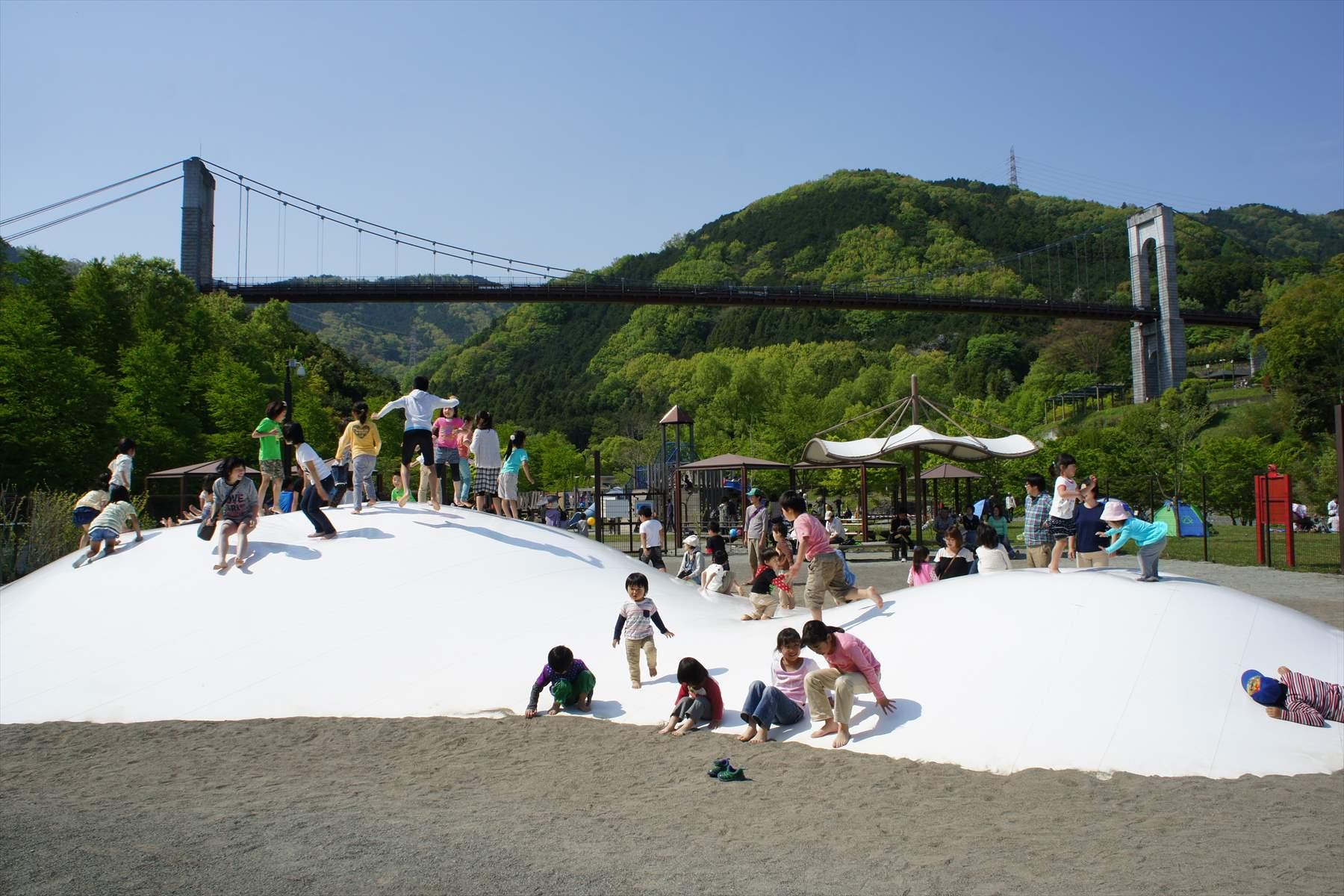 戸川公園フワフワ