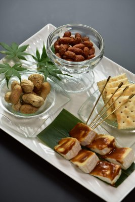 Hadano famous three-item platter